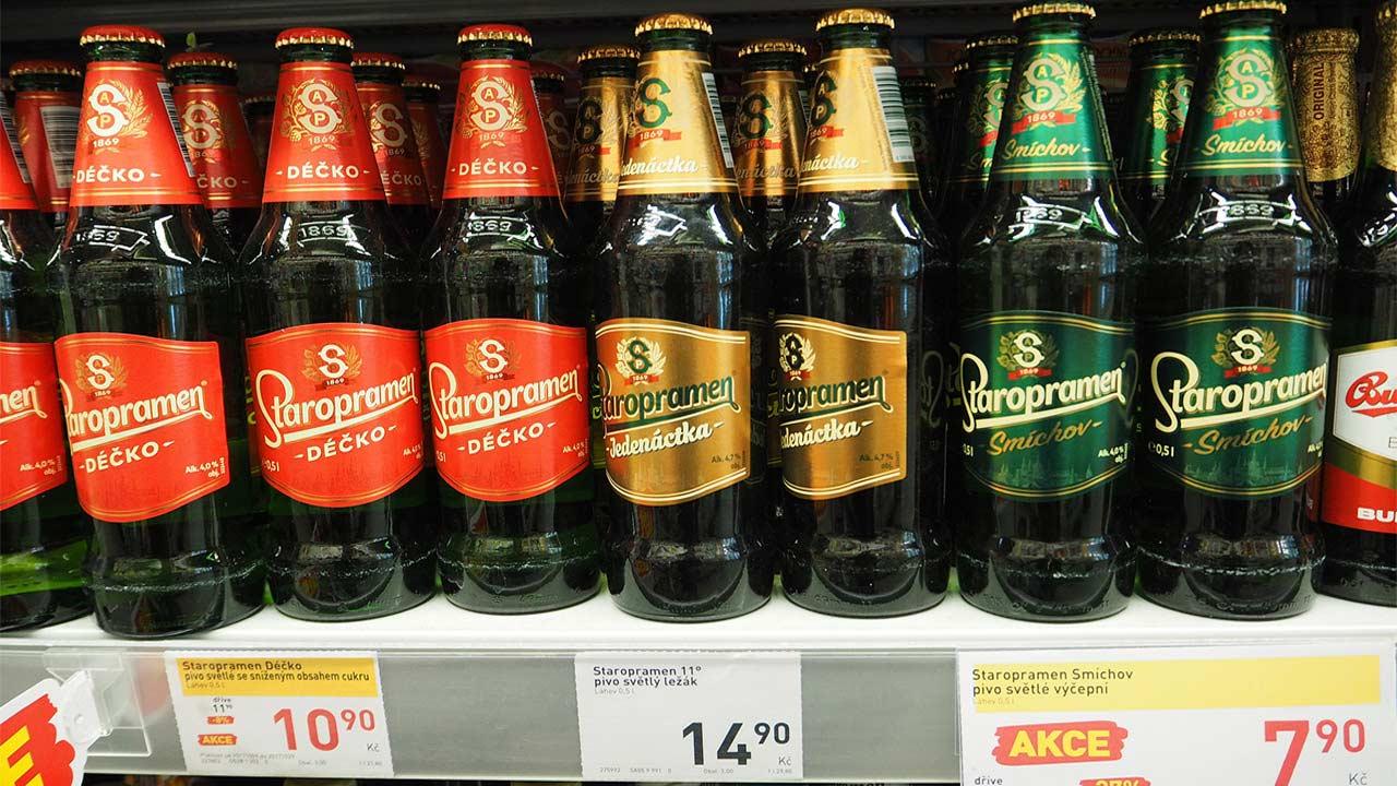 チェコ観光 スーパーのビール