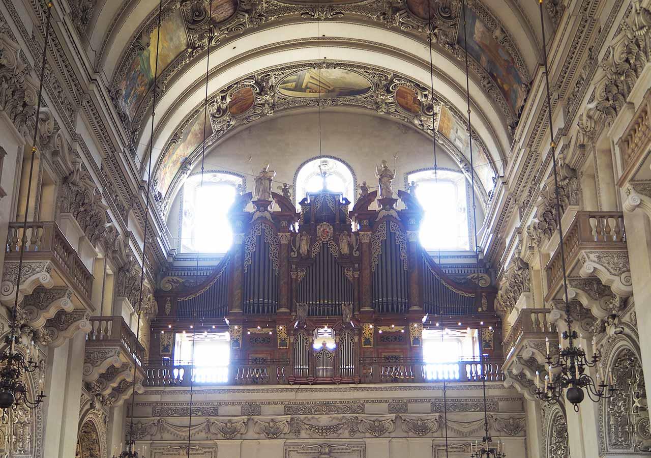 ザルツブルク観光  大聖堂のオルガン