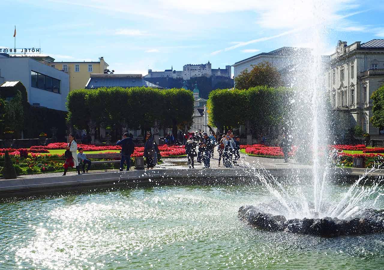 ザルツブルク観光 ミラベル宮殿の庭園