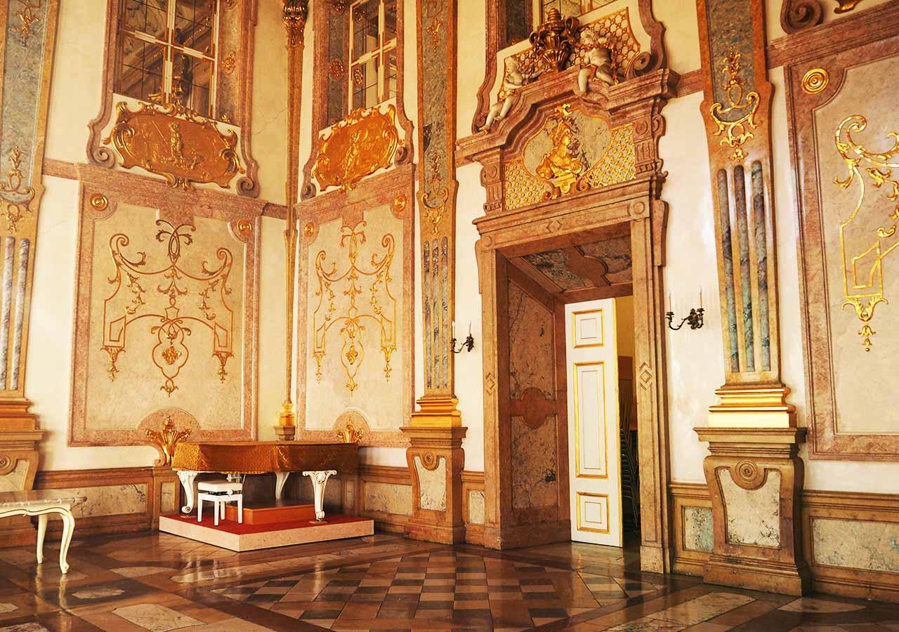 ザルツブルク観光 ミラベル宮殿