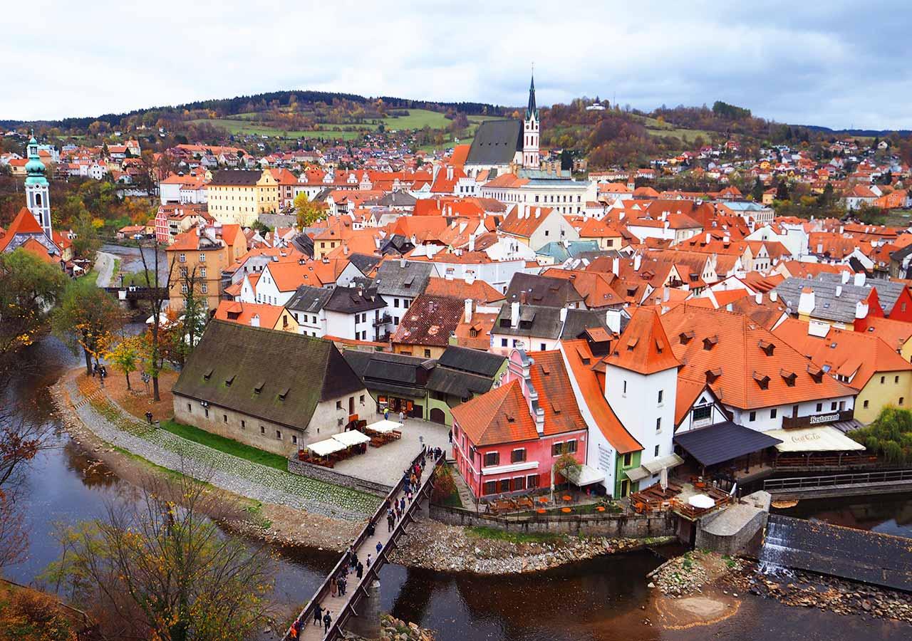 チェコ観光 チェスキークルムロフ