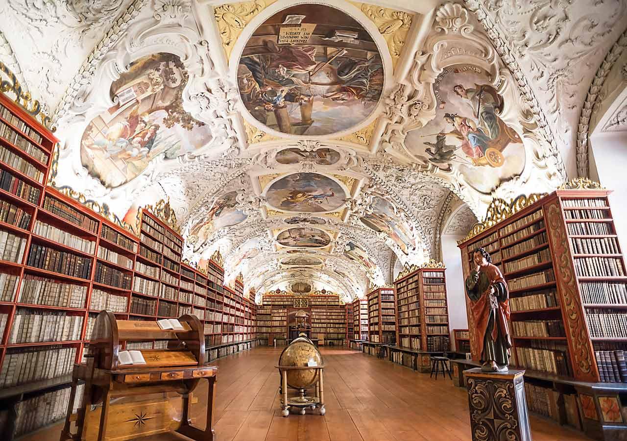 プラハ観光 ストラホフ修道院 図書館
