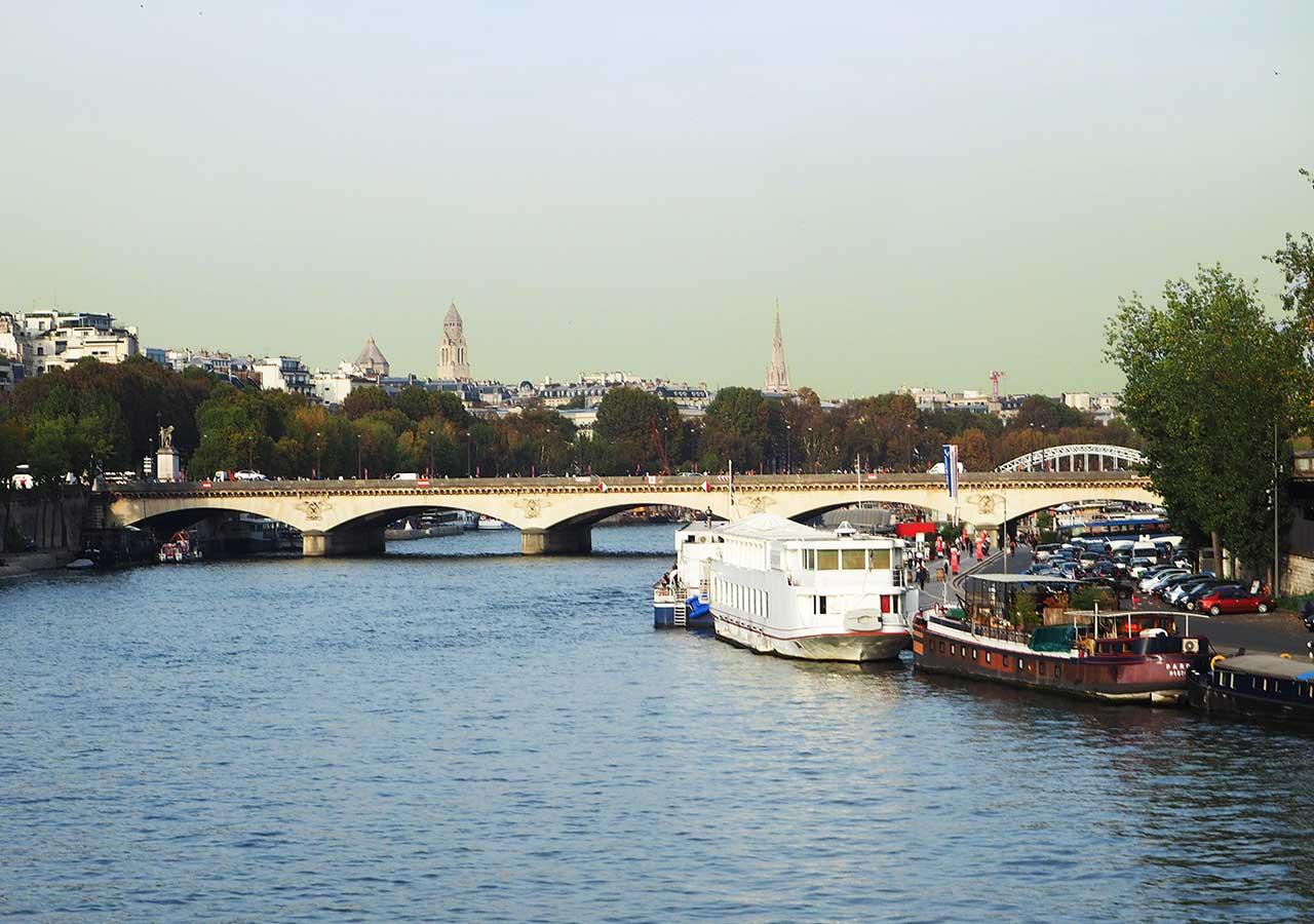 パリ観光 セーヌ川