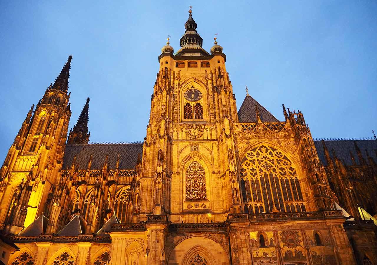 プラハ観光 聖ヴィート大聖堂(St. Vitus Cathedral)