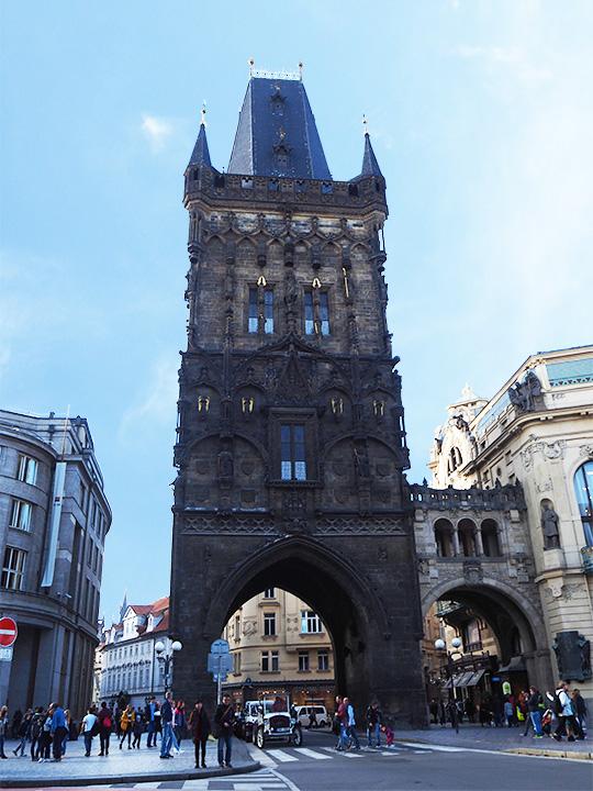 プラハ観光 プラハの火薬塔