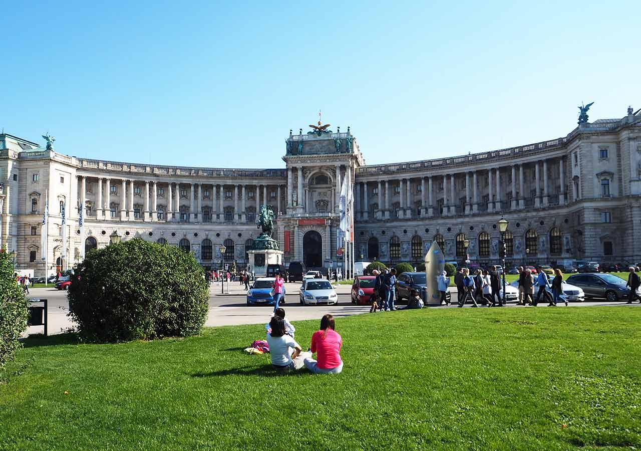 ウィーン観光 新王宮
