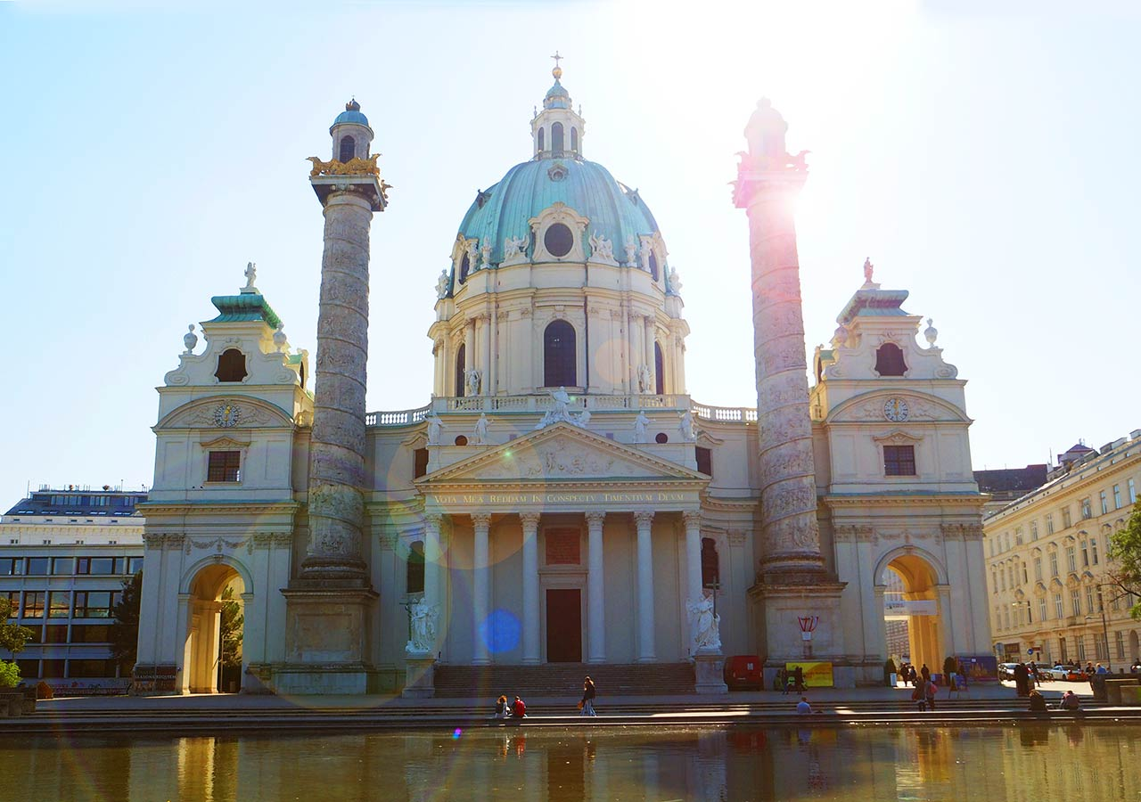 ウィーン観光 カールス教会