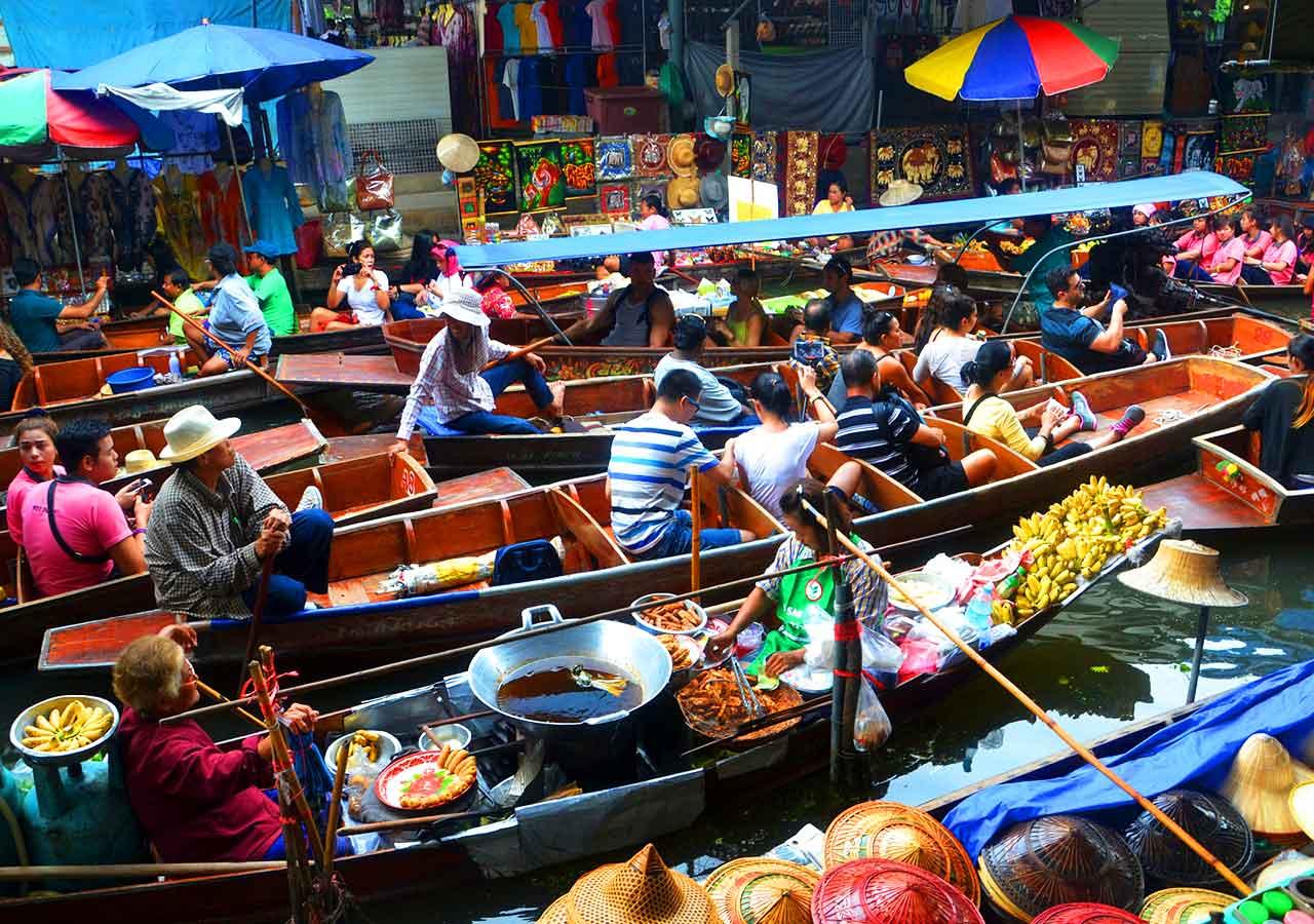 バンコク観光  ダムヌンサドゥアック水上マーケット(Damnoen Saduak Floating Market )