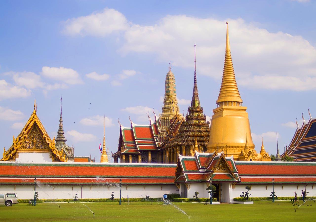 バンコク観光  ワット プラケオ(Wat Phra Kaewエメラルド寺院)