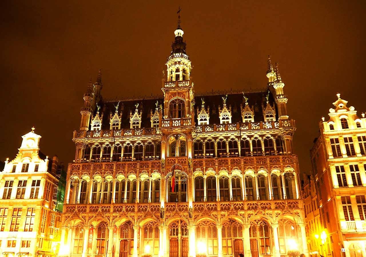 ブリュッセル観光 王の家(ブリュッセル市立博物館、Maison du Roi(Musee de la Ville de Bruxelles))