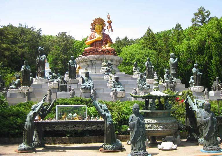 釜山観光 梵魚寺(ポモサ)