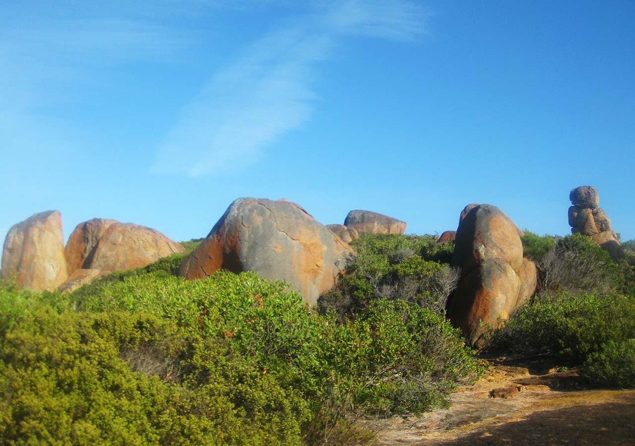 エスペランス観光 ケープ・ル・グラン国立公園 ウィスリングロック(Whistling Rock)