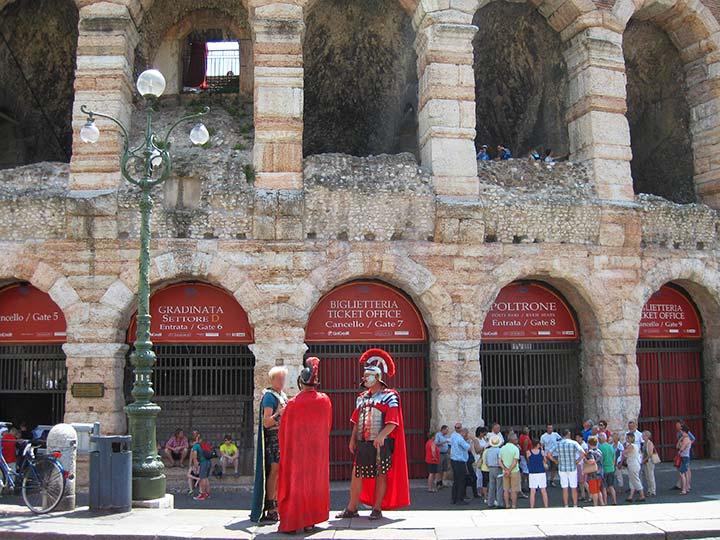 ヴェローナ観光 おすすめスポットの記事トップ画像