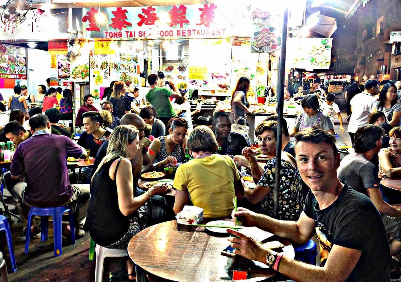 香港観光 廟街夜市