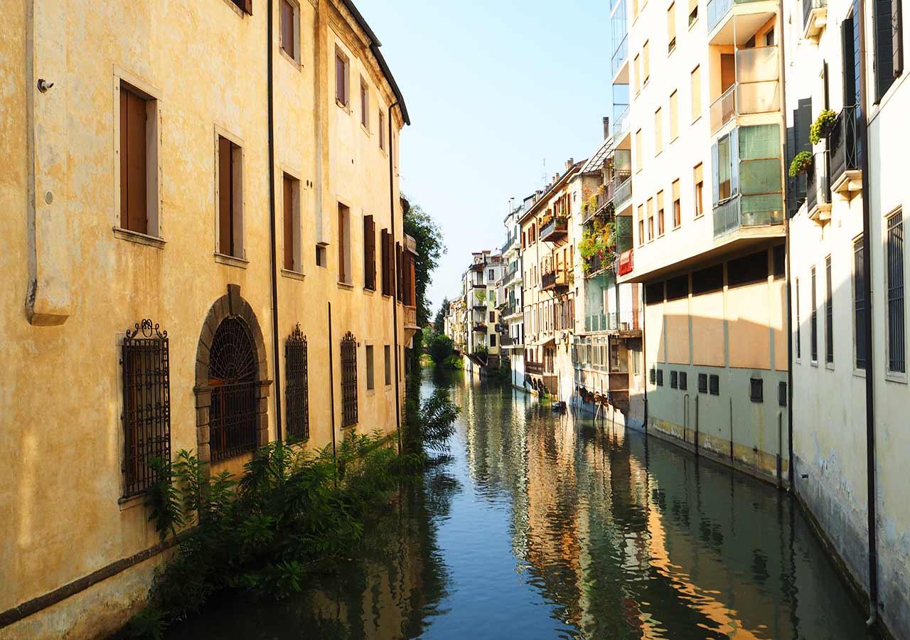 パドヴァ観光 ポンテ・デッレ・トッリチェッレ(Ponte Delle Torricalle)