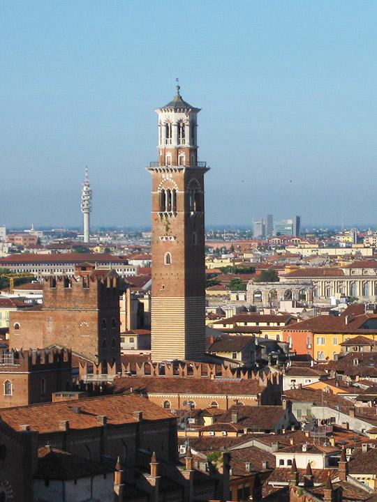 ヴェローナ観光 ランベルティの塔