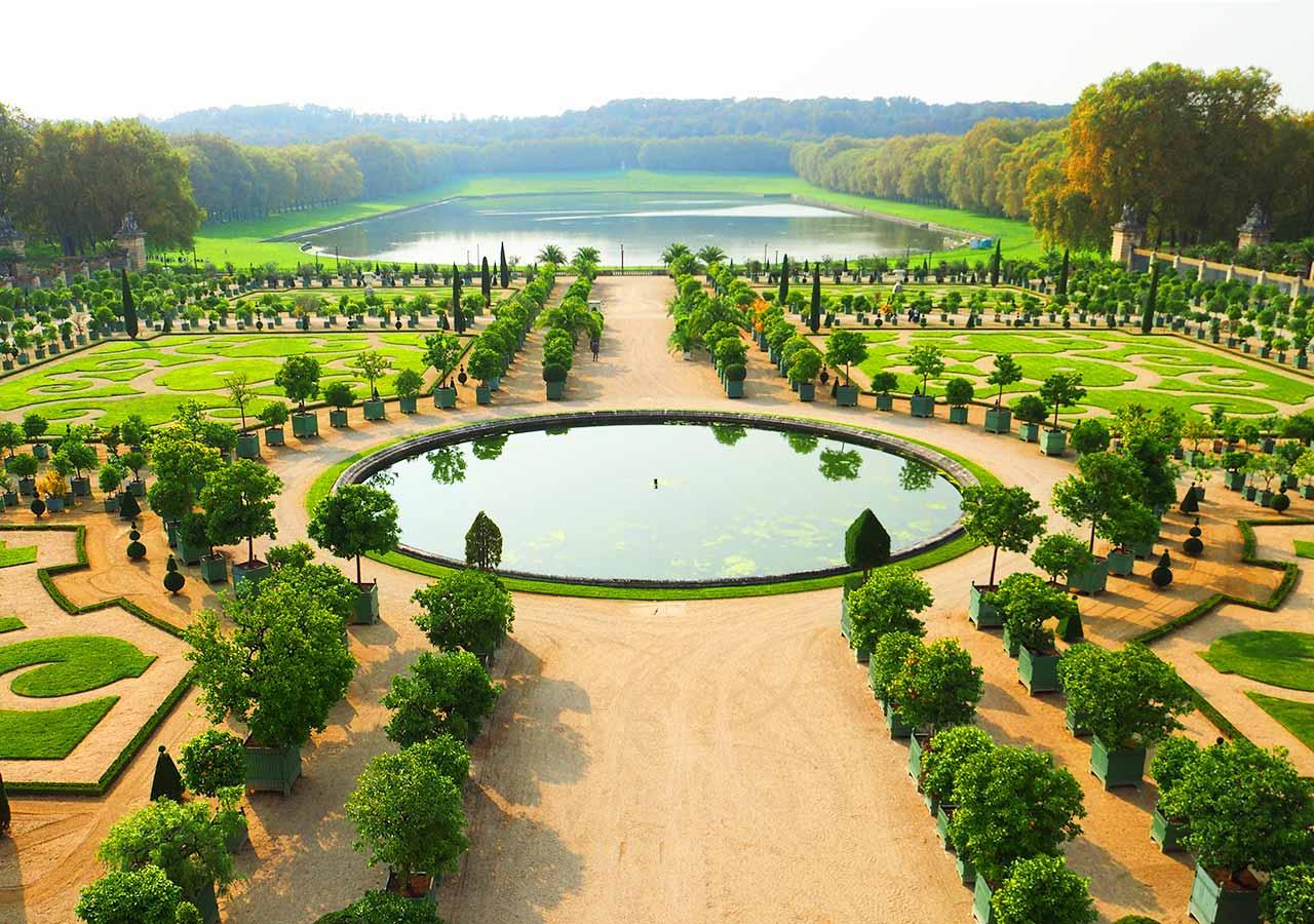フランス観光 ベルサイユ宮殿 の庭園
