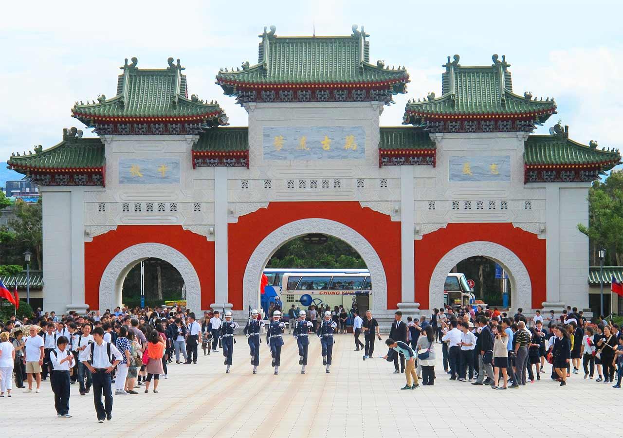 台湾観光 忠烈祠(National Revolutionary Martyrs' Shrine )