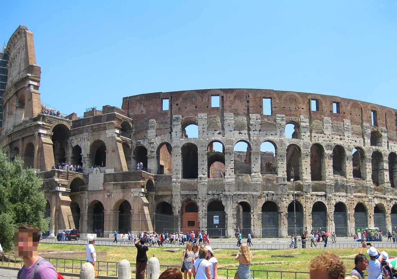 ローマ観光 コロッセウム(Colosseum)