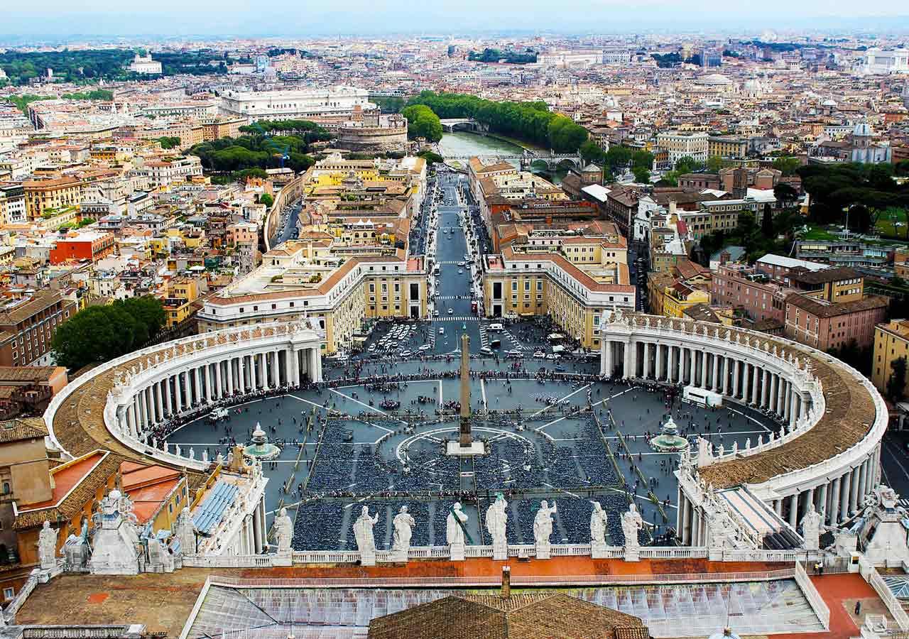 ローマ観光 サン・ピエトロ広場(Piazza San Pietro)