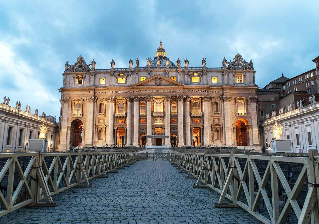 ローマ観光 サン・ピエトロ大聖堂(Basilica di San Pietro)