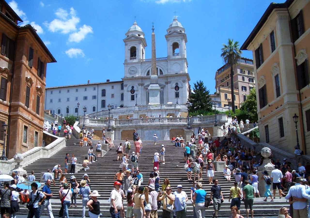 ローマ観光 スペイン広場(Piazza di Spagna)