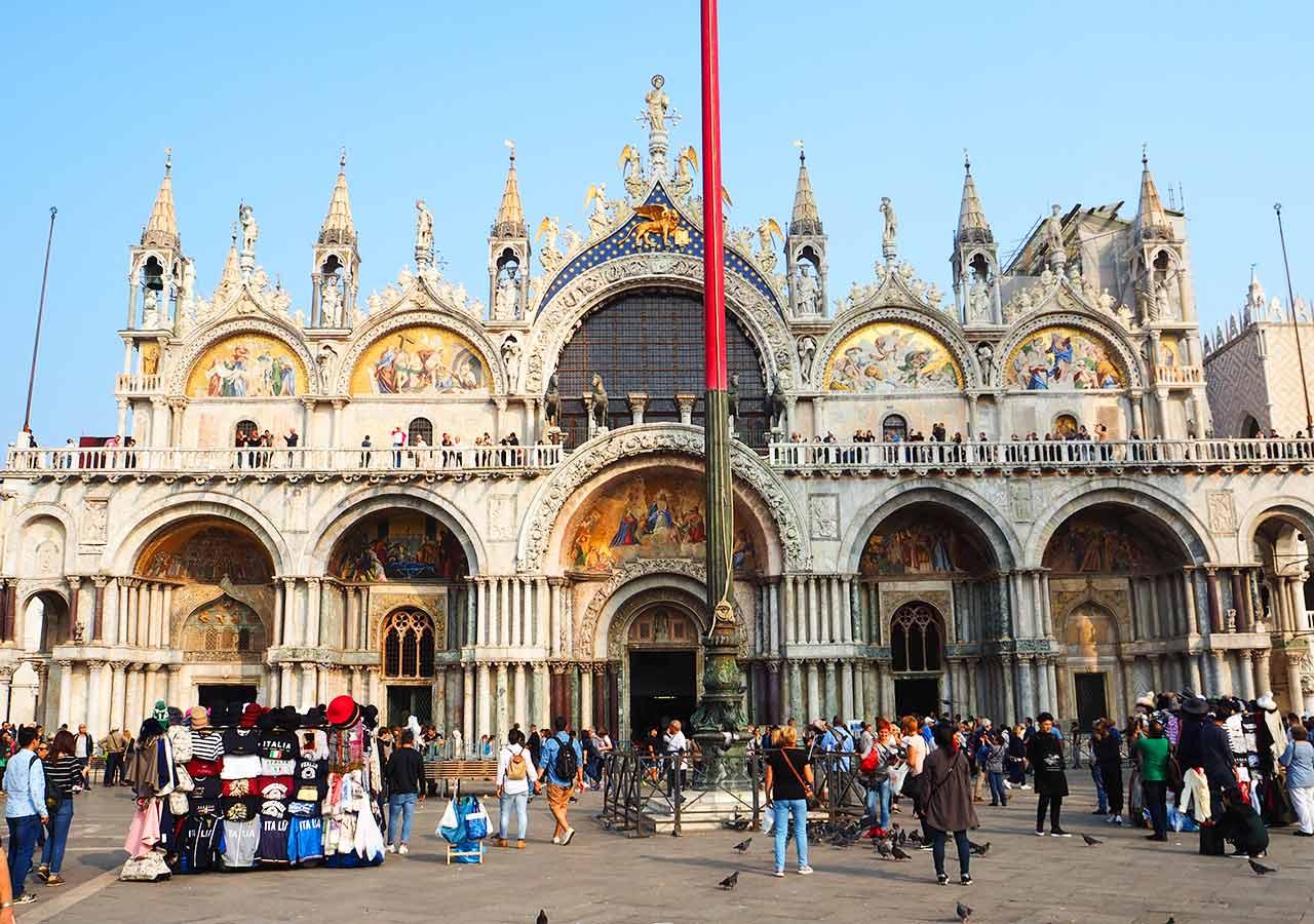 ベネチア観光 サンマルコ寺院(Basilica San Marco)