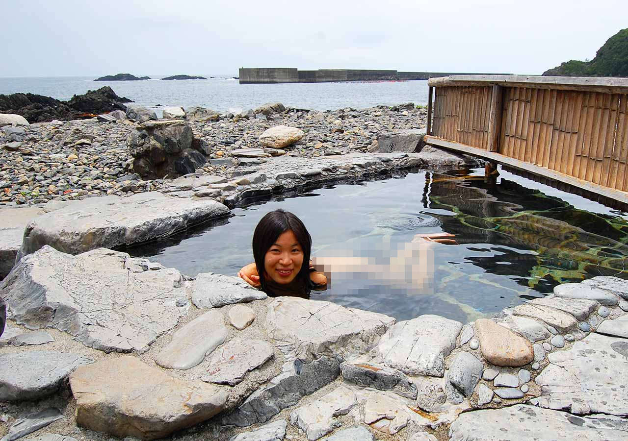 鹿児島 屋久島一周の観光コース 平内海中温泉