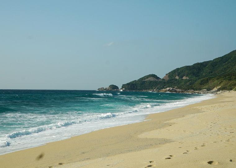 鹿児島 屋久島一周の観光コース 永田いなか浜