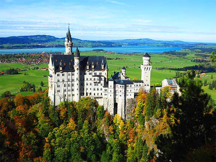 ドイツドイツ観光 ノイシュバンシュタイン城の行き方 トップ画像