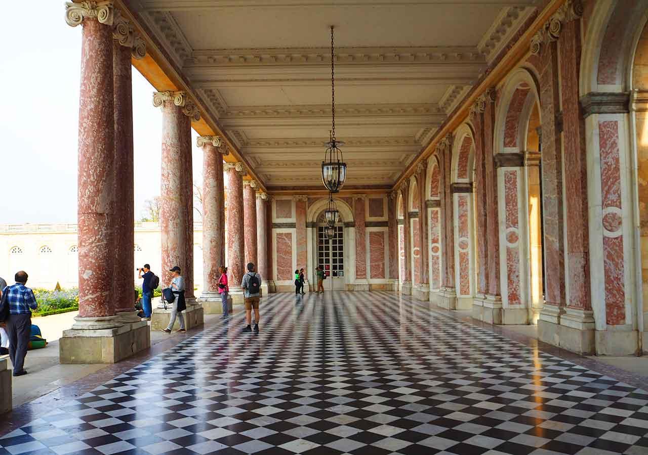 ヴェルサイユ宮殿 大トリアノン宮殿のテラス