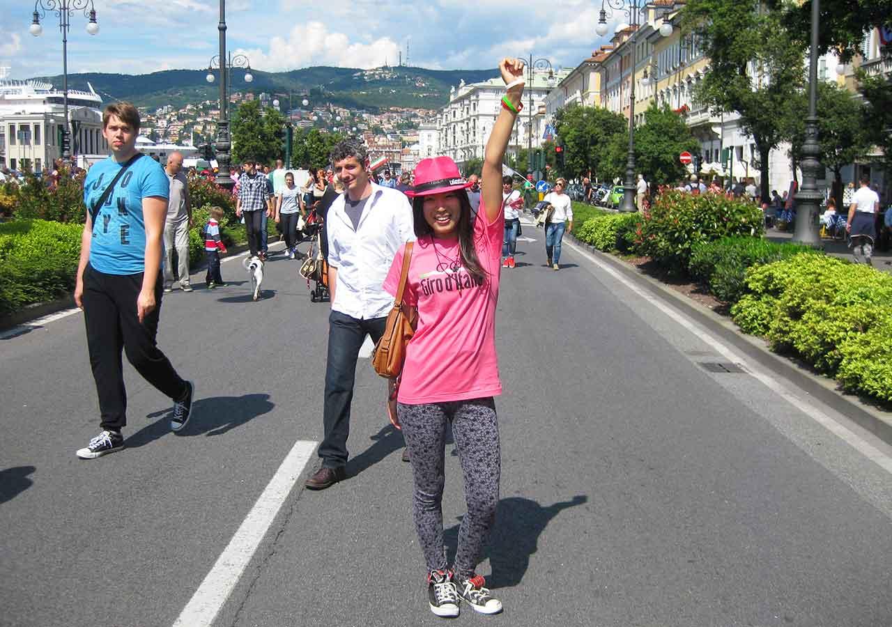 イタリア旅行 ジロ・デ・イタリア現地観戦 ピンクのTシャツ