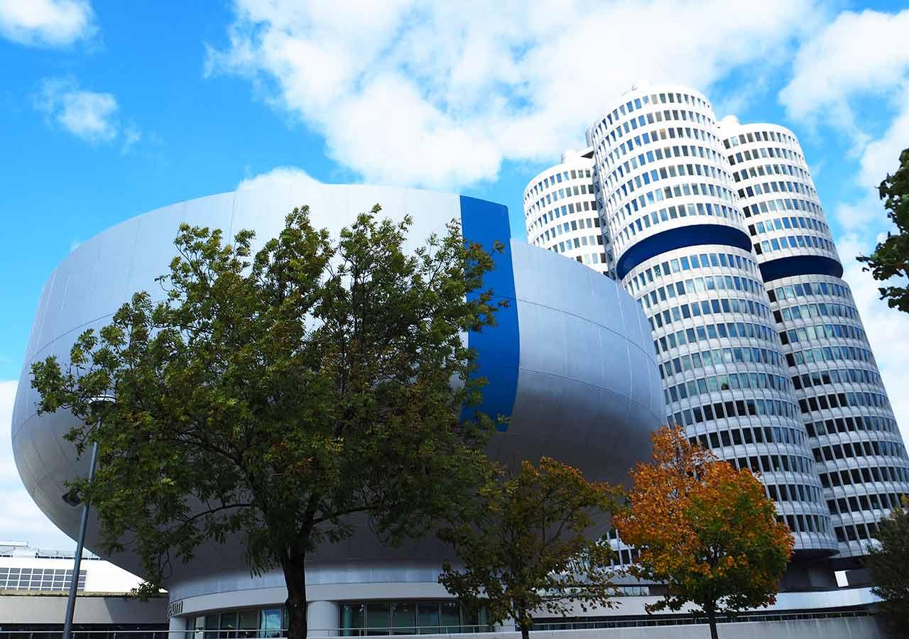 ミュンヘン観光 穴場10選 BMW博物館(BMW Museum)とBMW本社
