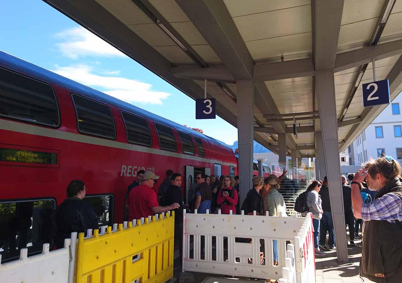 ドイツ観光 ノイシュバンシュタイン城の行き方 フュッセン駅