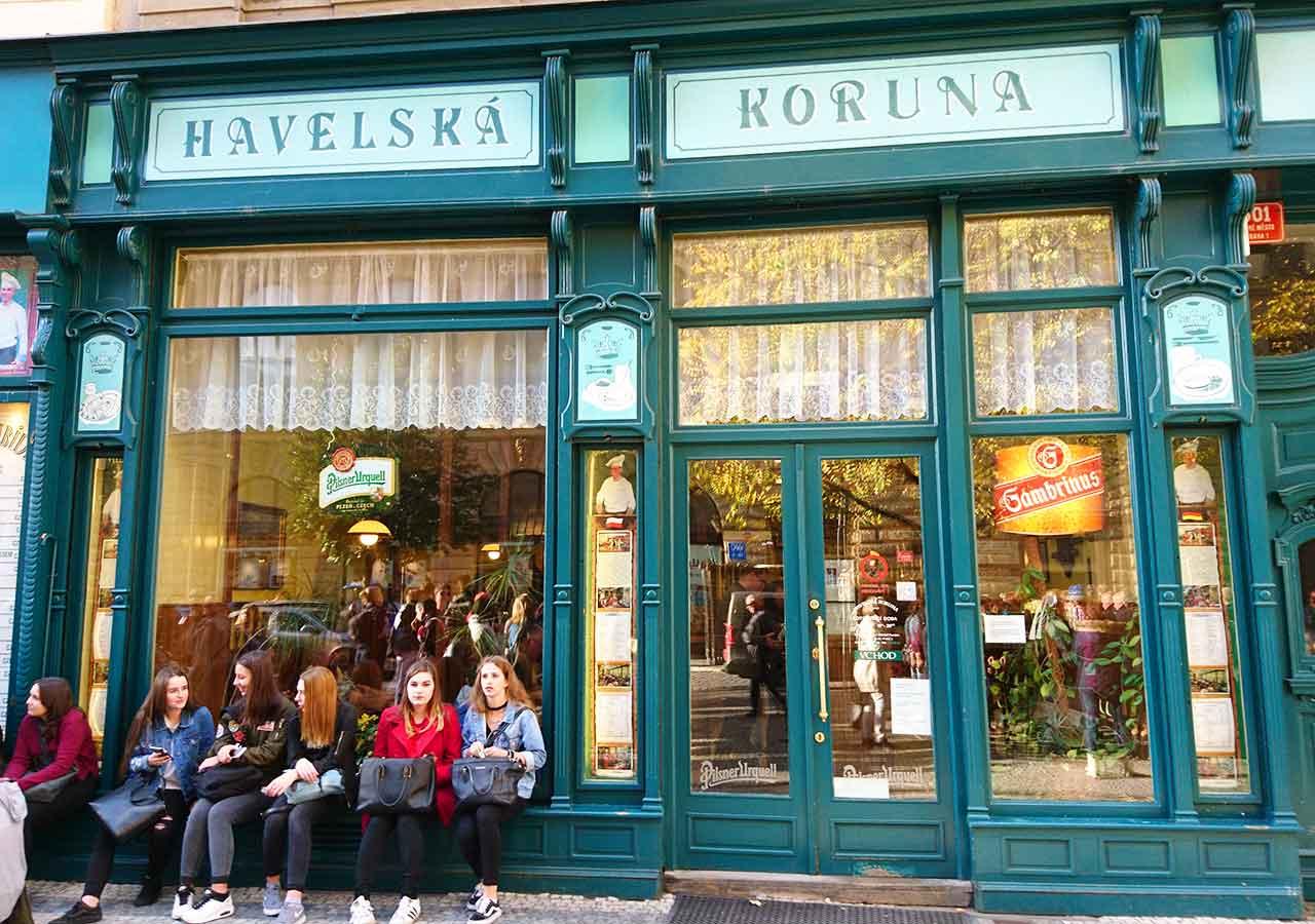 プラハ観光 ハヴェルスカーコルナ(Havelská Koruna)