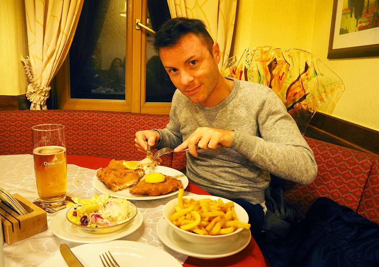 ウィーン観光 グルメスポット シュニッツェルヴィルト(Schnitzelwirt)のディナー