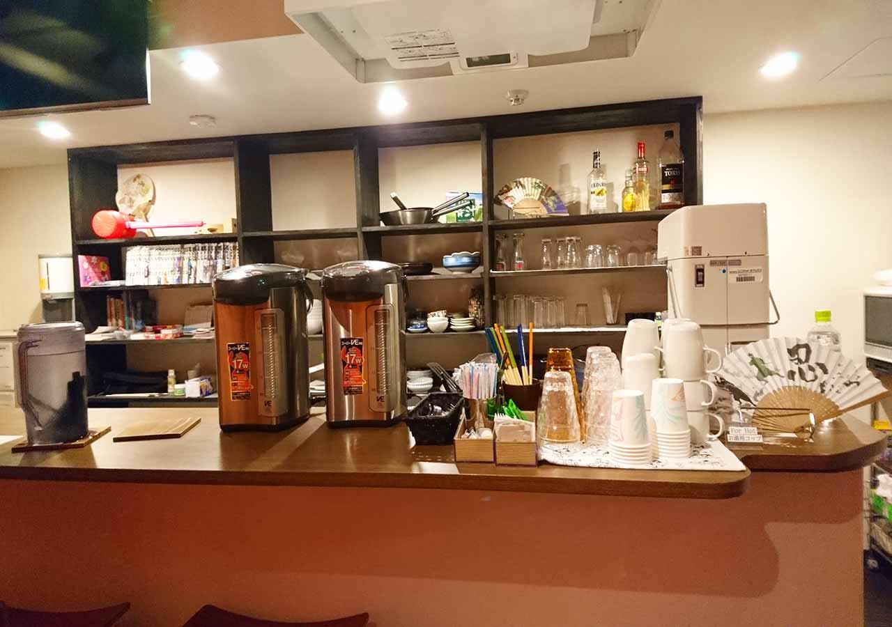 東京 サムライズホステル池袋の共有スペースの設備