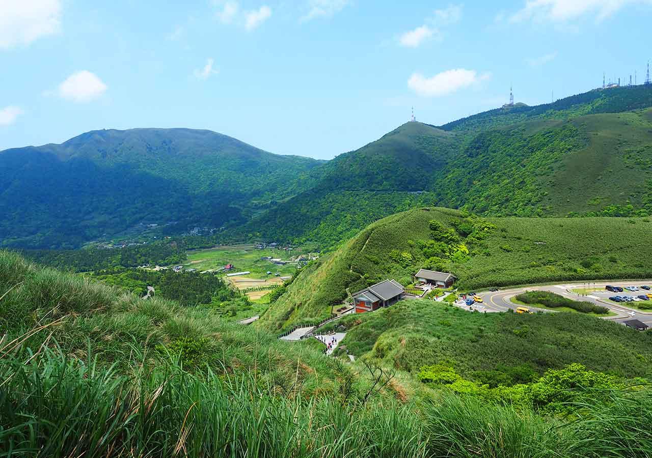 台北観光穴場スポット 陽明山国家公園の山々