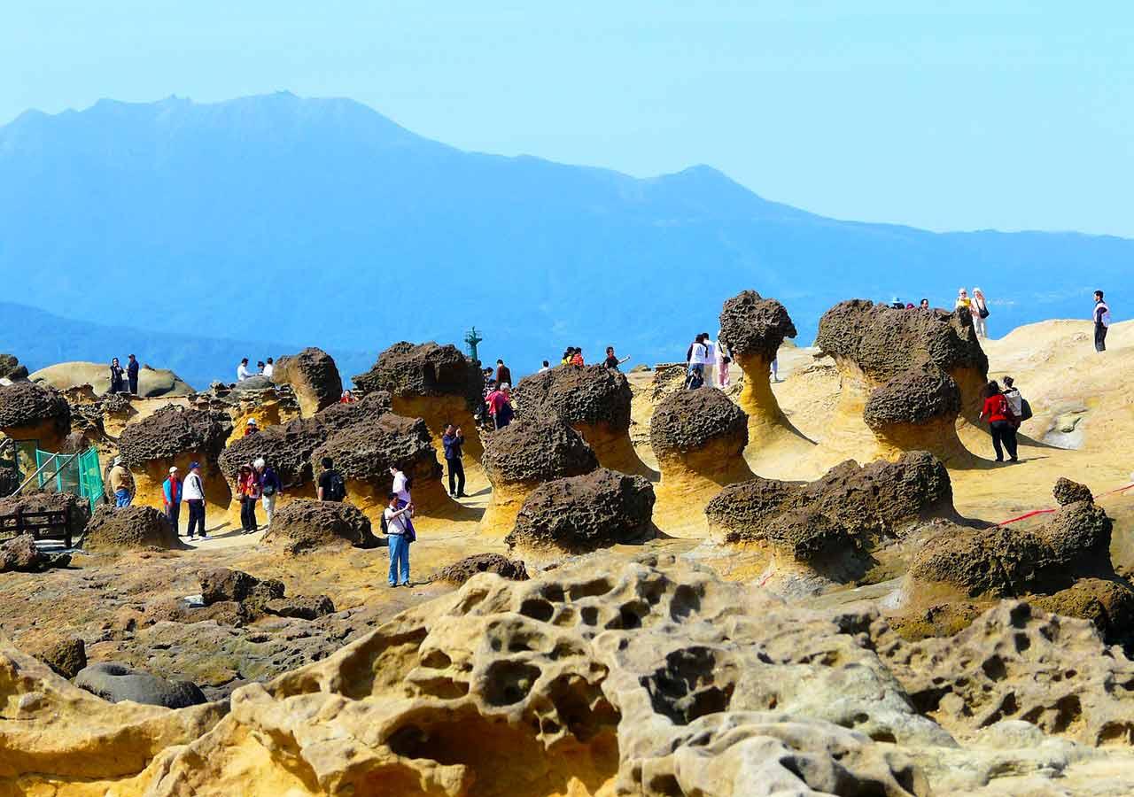 台北観光穴場スポット 野柳地質公園