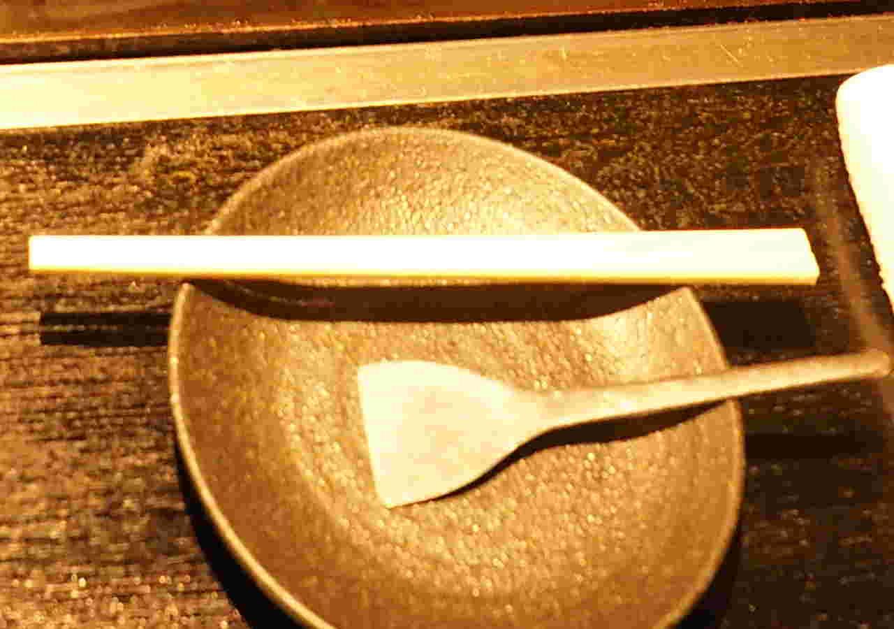 月島名物もんじゃ だるま 東京スカイツリータウン・ソラマチ店のもんじゃ焼き へら