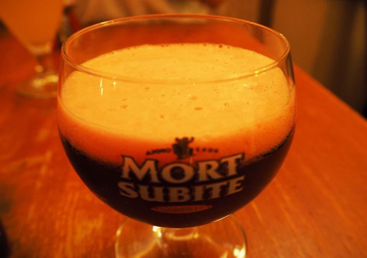 ブリュッセルのおすすめレストラン Lindemans(リンデマンス)のFramboise(ストロベリービール)