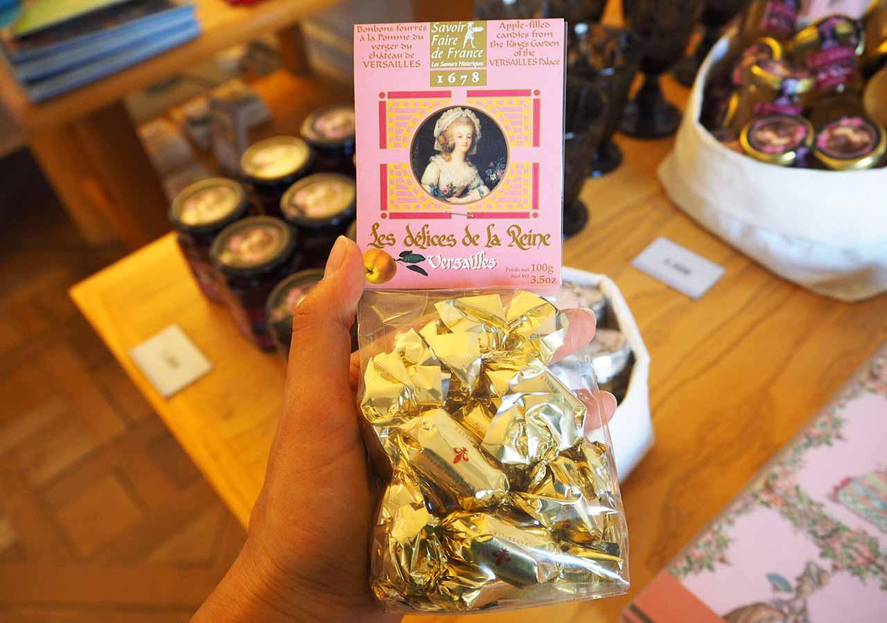 フランス・パリのお土産 マリーアントワネット関連グッズ Les Delices de la Reine りんごキャンディー