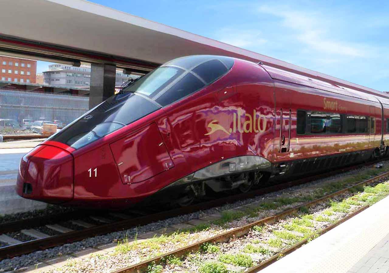 ミラノからベネチアに鉄道で移動 イタロの列車