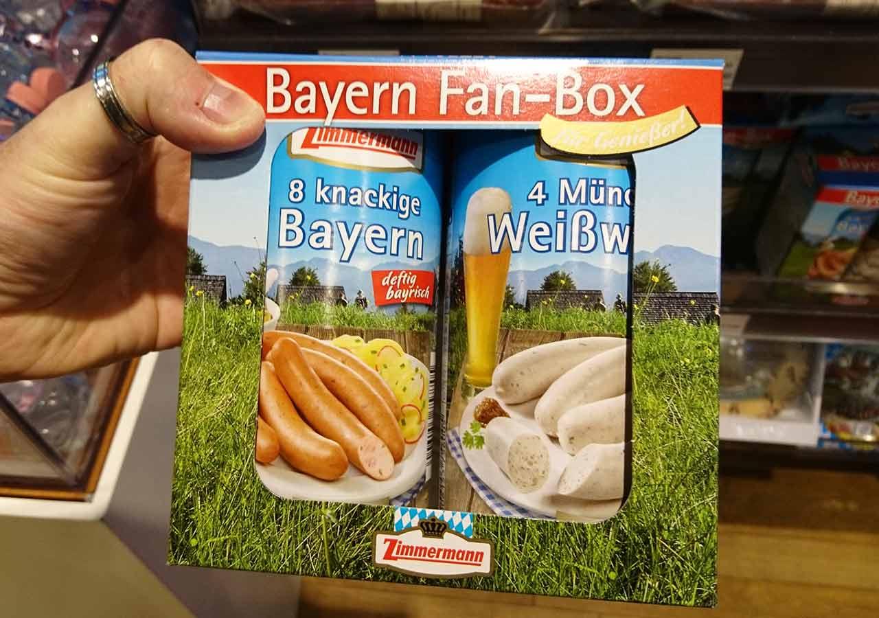 ミュンヘン空港 お土産屋さんの缶入りソーセージ