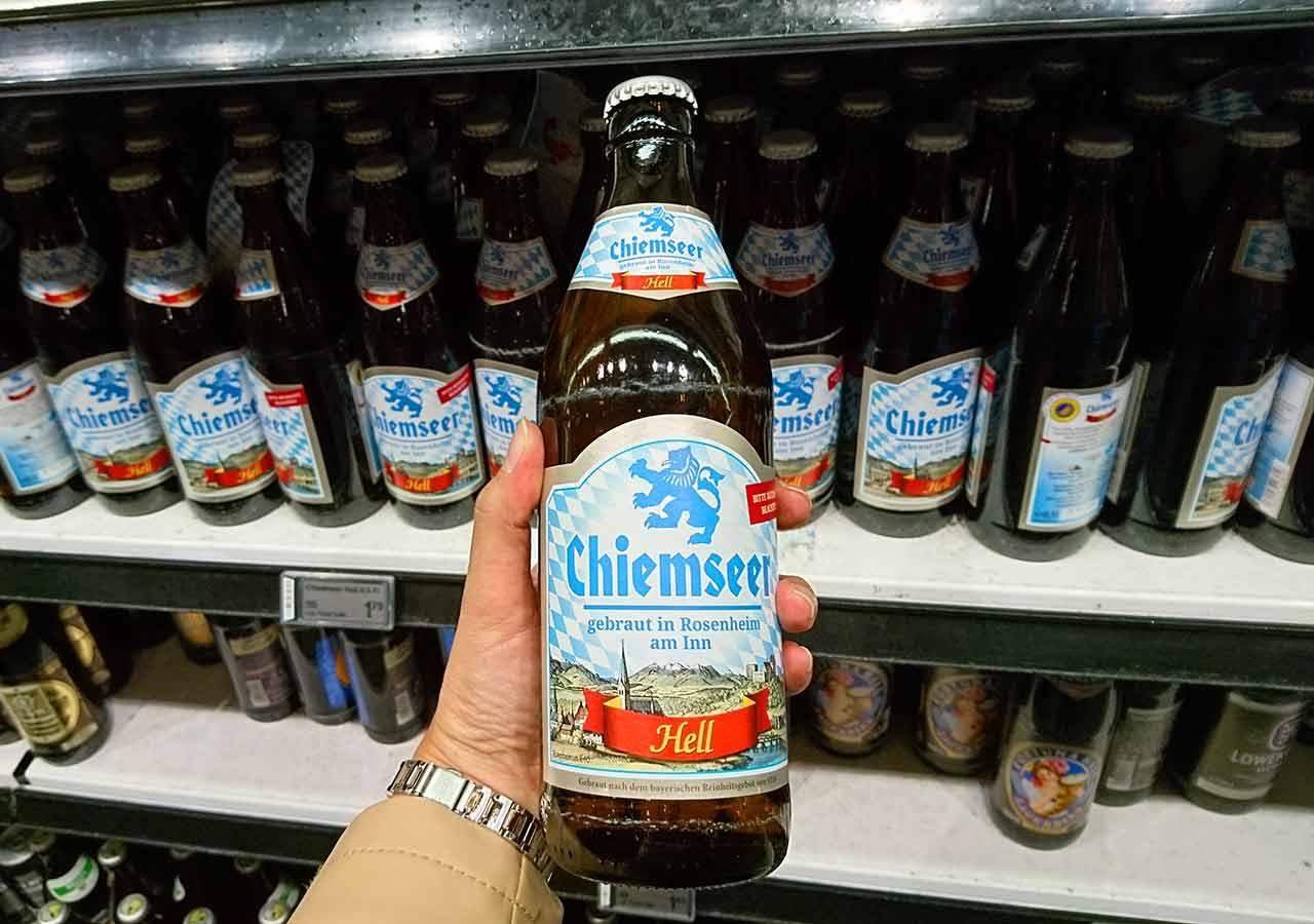 ミュンヘンのお土産 スーパーのビール キームゼーアー・ヘル(Chiemseer Hell)