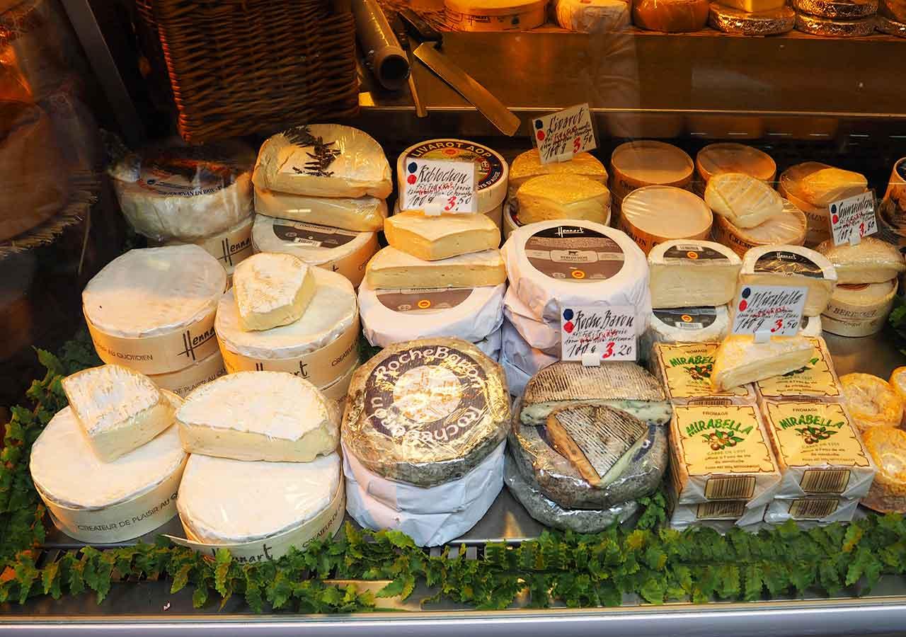 ミュンヘンのお土産 ヴィクトリアンマルクト(Viktualienmarkt)のチーズ