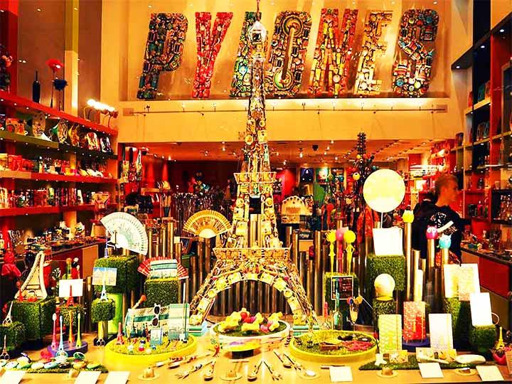 「フランス・パリのお土産!スーパーのばらまきお菓子・雑貨・コスメなど25選」 トップ画像