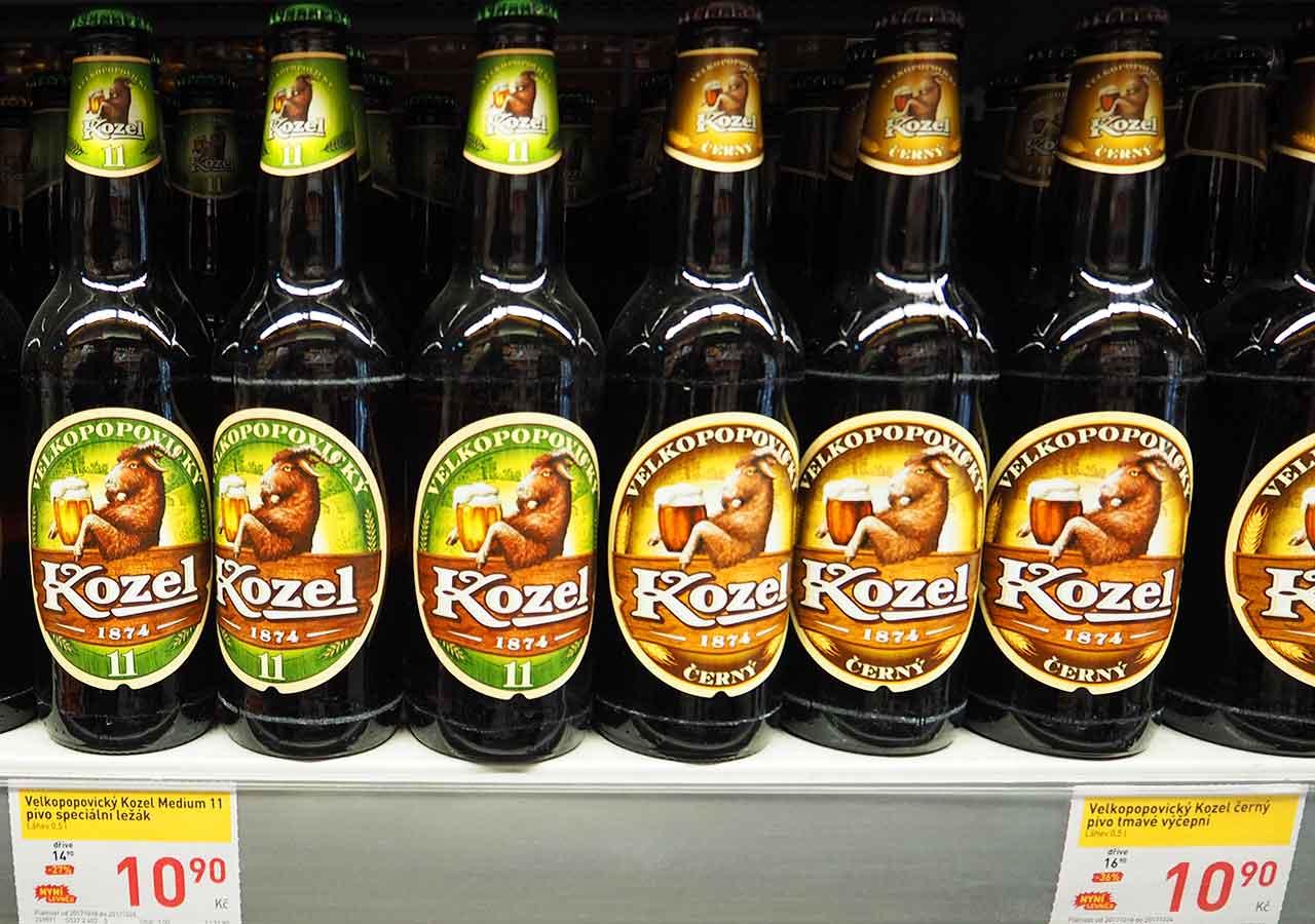 チェコ・プラハのお土産 スーパーのビール Kozel(コゼル)