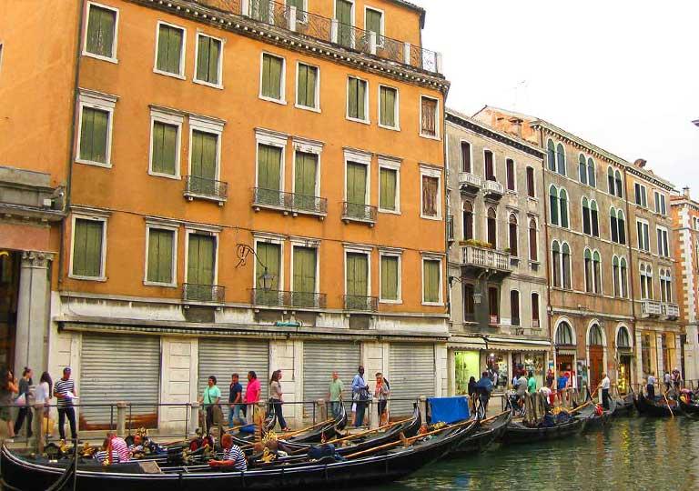ベネチア観光  バッチーノオルセオロ乗り場(Servizio Gondola Bacino Orseolo)のルート