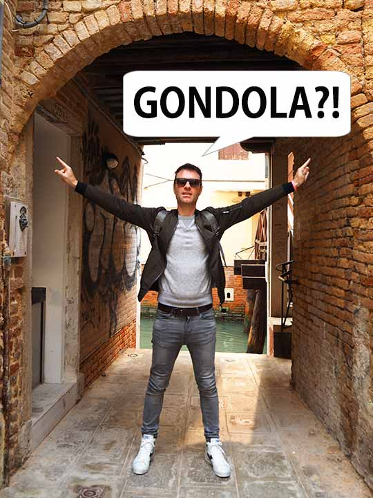 ベネチア観光 「ゴンドラ」と言ってる二コラ